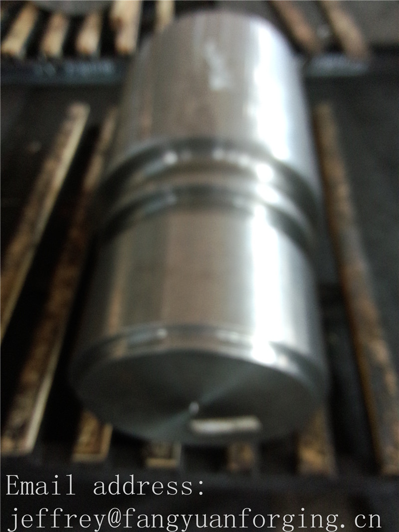 18CrNiMo7-6 Hot Rolled Forged Shaft For Gear Box Wind Power  Mining Machinery